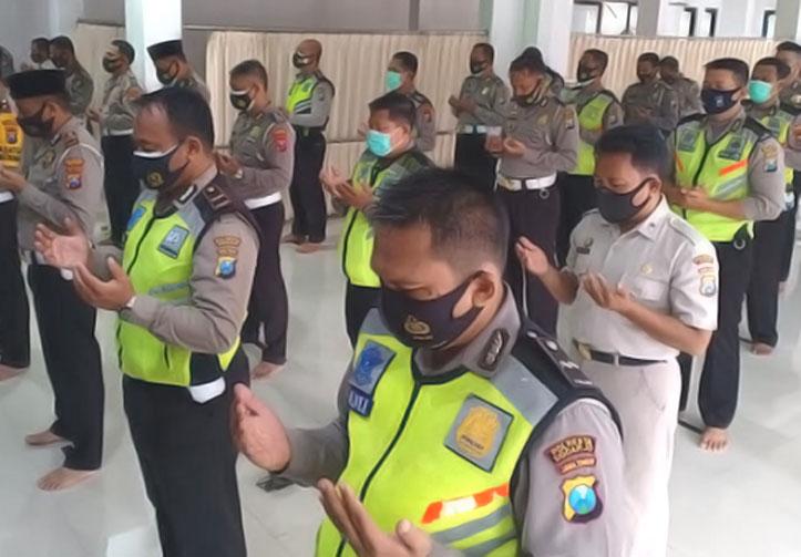 Korban Sriwijaya Air, Polantas Sidoarjo Gelar Salat Ghaib dan Doa Bersama