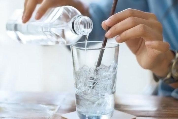 Minum Air Es Setelah Makan