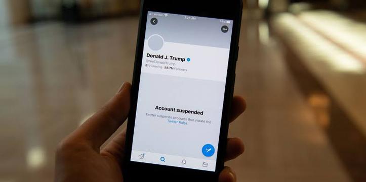 Hoaks Turun Signifikan Setelah Trump Diblokir di Medsos