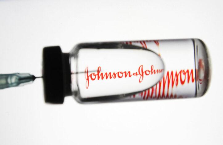 Afrika Selatan Beralih ke Vaksin Johnson & Johnson