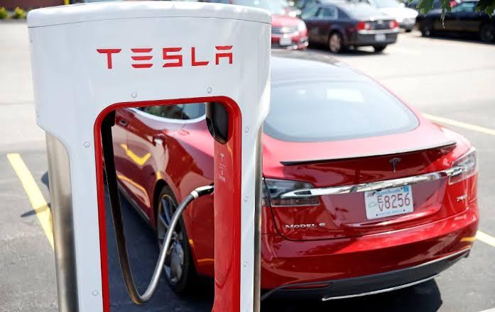 RI Sudah Pegang Proposal Investasi Tesla