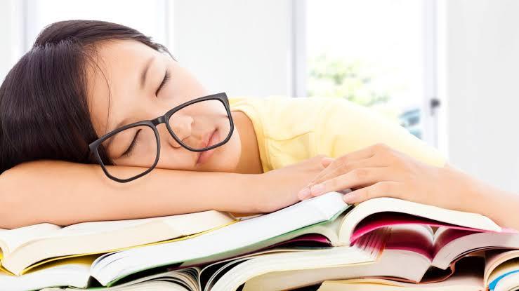 Mengapa Rasa Kantuk Muncul Saat Belajar?
