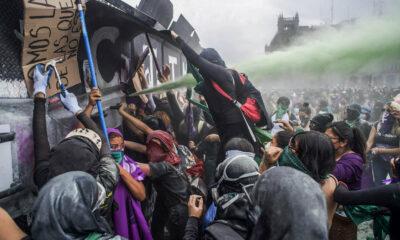 Kericuhan Terjadi di Mexico di Hari Perempuan Sedunia