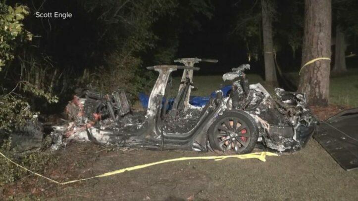 Kecelakaan Mobil Tesla di Texas Dua Orang Meninggal