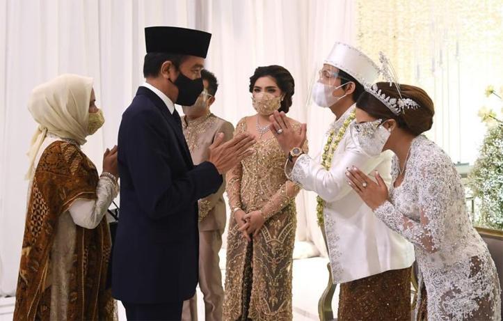 Gus Sahal Kritik Jokowi yang Hadiri Pernikahan Atta-Aurel