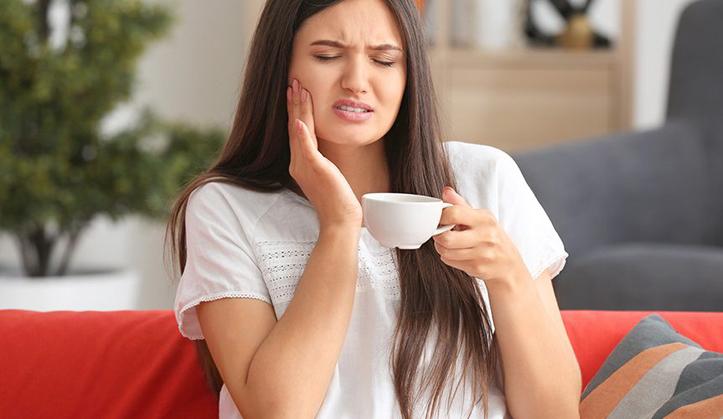 Minum Kopi Bikin Gigi Ngilu? Coba Ikuti Langkah Mudah Ini