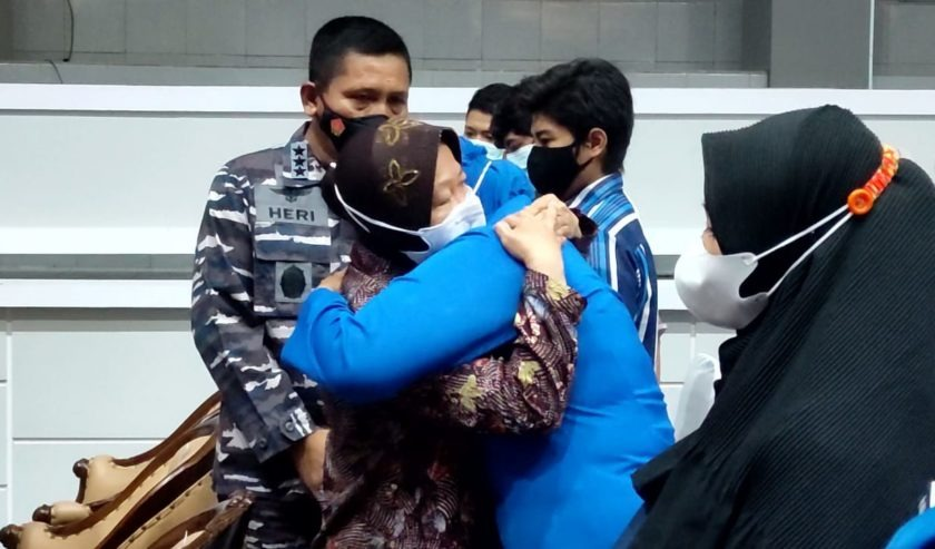 Kunjungi Keluarga Korban KRI Nanggala, Mensos Risma Berikan Penguatan Dan Minta Keluarga Terus Berdoa