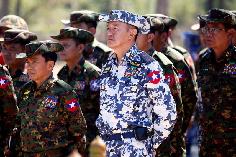 Kepala Angkatan Udara Myanmar Berkunjung Ke Rusia