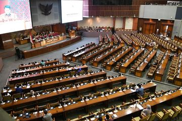 Anggota DPR Dapat Pensiun, Pengamat: Tidak Masuk Akal