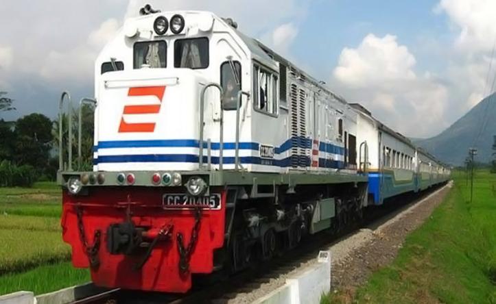 KAI Daop 8 Surabaya Belum Mengijinkan Anak Usia Dibawah 12 Tahun Naik Kereta