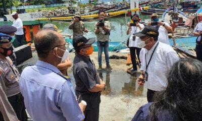 Pemprov Jatim Fasilitasi Nelayan Pantai Popoh Urus Perijinan Gratis