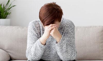 Harus Minum yang Cukup, Dehidrasi Juga Bisa Bikin Stres