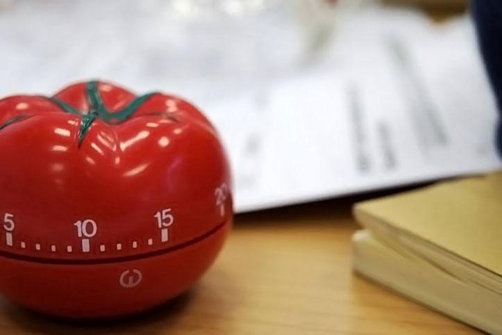 Sering Terdistraksi Saat Kerja atau Belajar di Rumah? Coba Lakukan Teknik Pomodoro